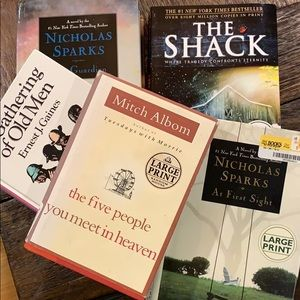 Collection of 5 LARGE PRINT books!!